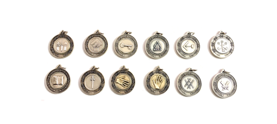 set medaglie in metallo per ufficiali di loggia: sorvegliante, diacono, maestro venerabile, ex maestro, copritore, oratore, segretario, tesoriere